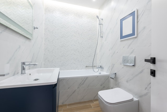 Frameless Shower Installation